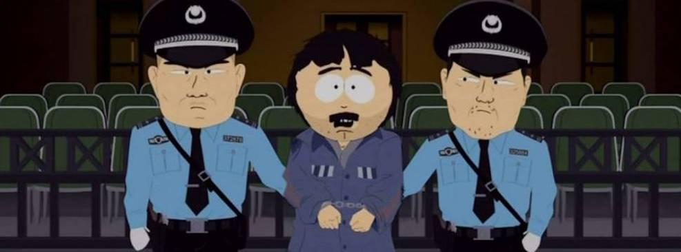Randy sendo preso por policias chineses