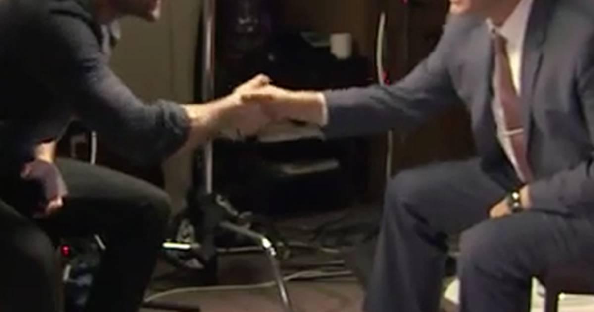 Kevin Spacey e Charlie Cox se entrevistam sobre House of Cards e Demolidor