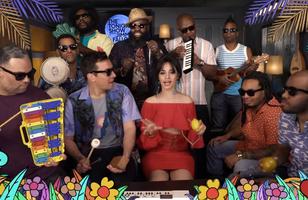 """Camila Cabello faz performance de """"Havana"""" só com instrumentos infantis"""