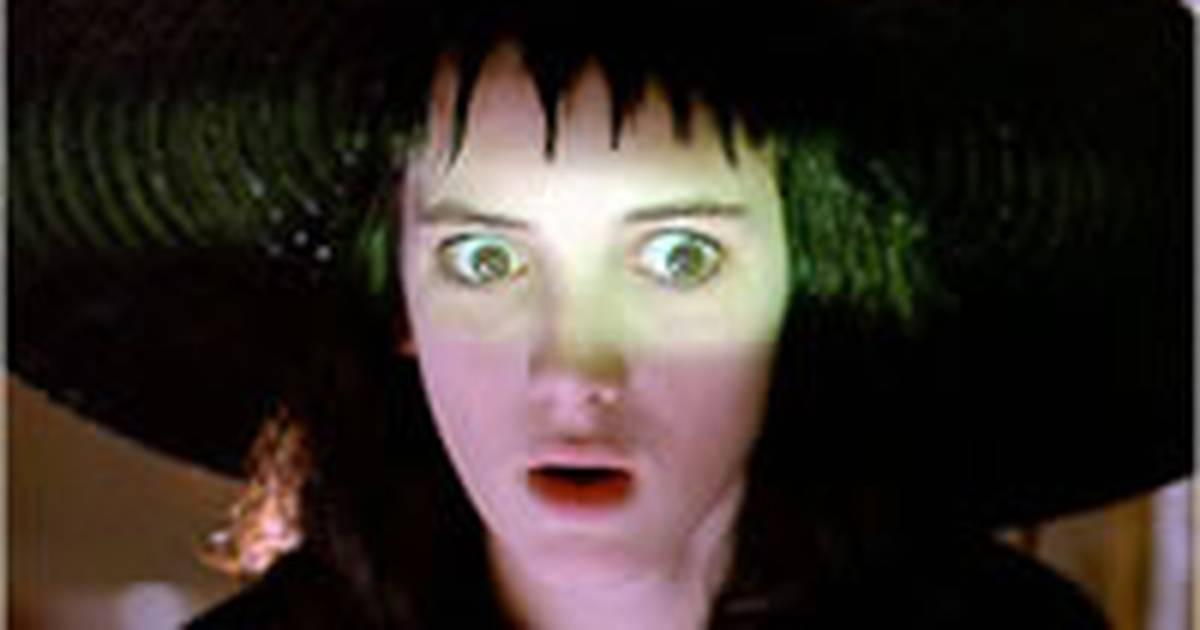Os Fantasmas se Divertem 2 | Tim Burton confirma presença de Winona Ryder na sequência