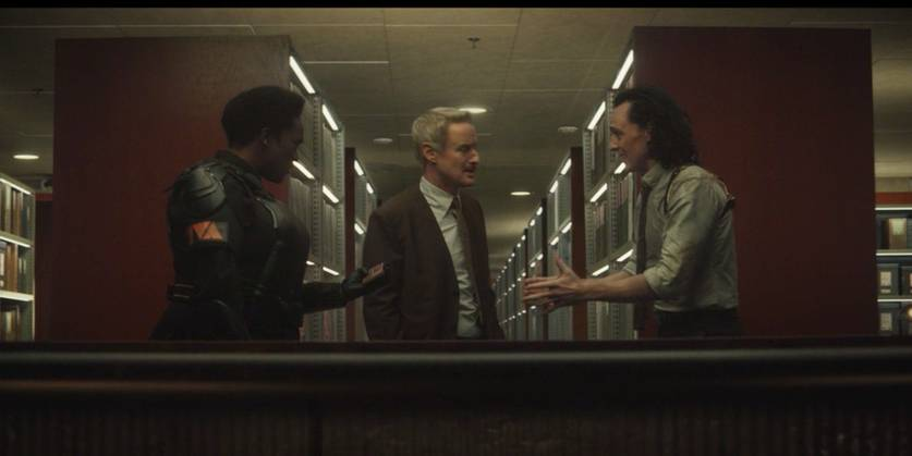 Wunmi Mosaku, Owen Wilson e Tom Hiddleston em Loki