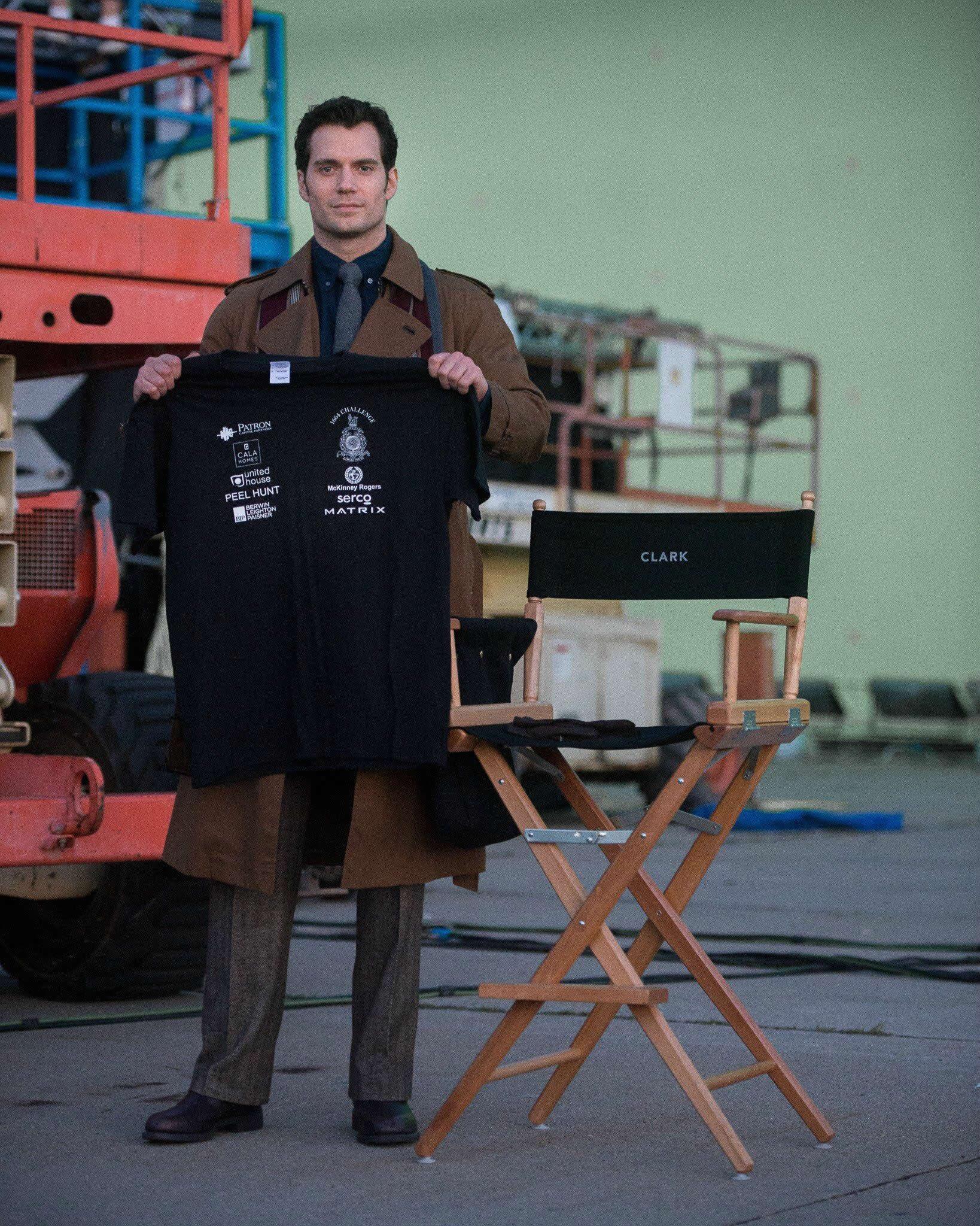 Batman-V-Superman-set-Henry-Cavill