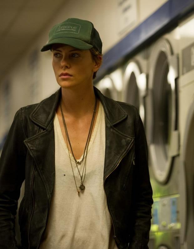 Dark Places | Veja Charlize Theron na primeira foto da adaptação