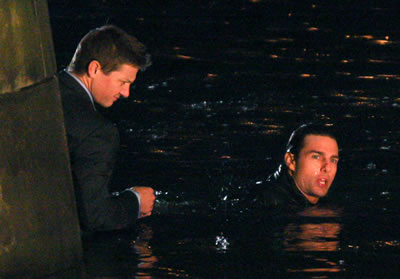 mi-iv-tom-cruise-e-jeremy-renner-no-set-em-praga-02
