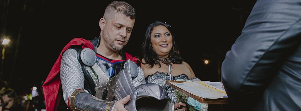 Casamento temático Vingadores/Douglas Lima/Reprodução