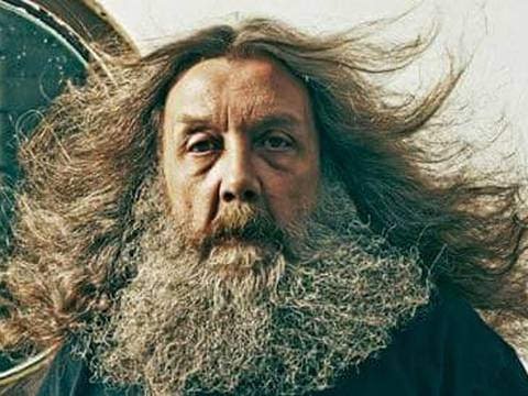 Alan Moore, por Phil Fisk ao Observer (via The Guardian)