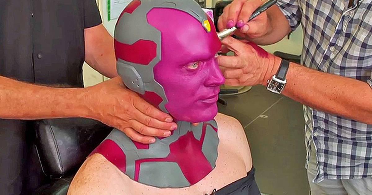Vingadores: Era de Ultron | Vídeo mostra processo de maquiagem de Visão