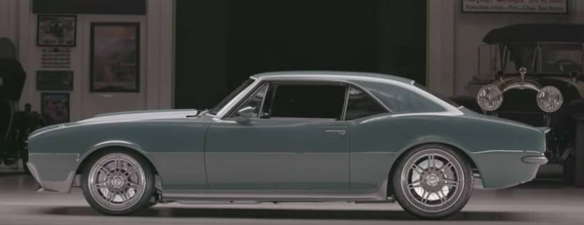 camaro capitao america - Robert Downey Jr. deu carro estilizado do Capitão América para Chris Evans